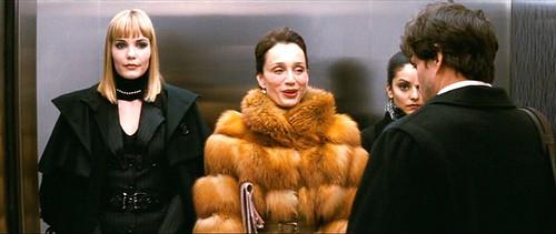 confessions.shopaholic_elevator.fur