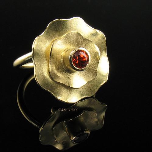 Spessartite Garnet 18k Gold Flower Ring