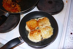 Frying Haloumi
