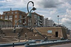 Scheveningen (marcjohn.de) Tags: holland netherlands tom john photo foto fotograf oliver von picture photograph marc otterness zuid niederlande skulpturen marcjohn freiberuflich bildjournalist mjohn2101 marcoliverjohn marcjohnde