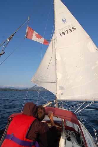 DSC_5951 Sailing towards Hot Springs Cove