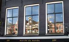 "Amsterdam 75 Marché du Monde • <a style=""font-size:0.8em;"" href=""https://www.flickr.com/photos/30735181@N00/3889070892/"" target=""_blank"">View on Flickr</a>"