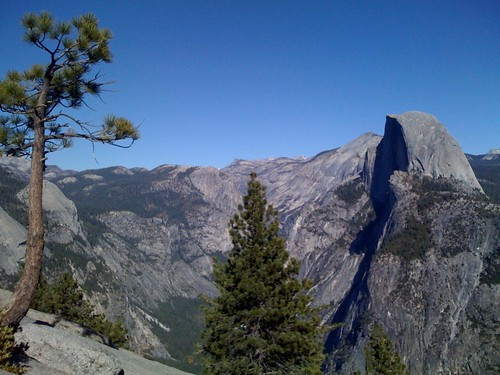 Travel: Lunching Up @ Glacier Point