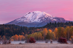 Mount Adams (Jesse Estes) Tags: sunrise washington troutlake mountadams 1635ii jesseestesphotography