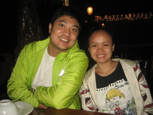 Jae and Elma at Leslie's Restaurant in Tagaytay!