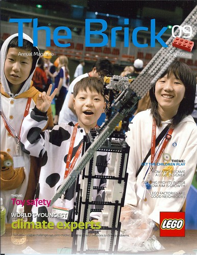 LEGO The Brick Annual magazine 2009 ( front cover )