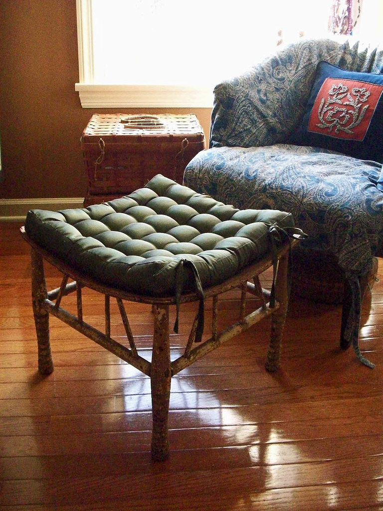 thebes stool