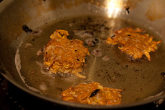 4131855803 5ba6fb54ed m Noshin Recipe: Sweet Potato Latkes