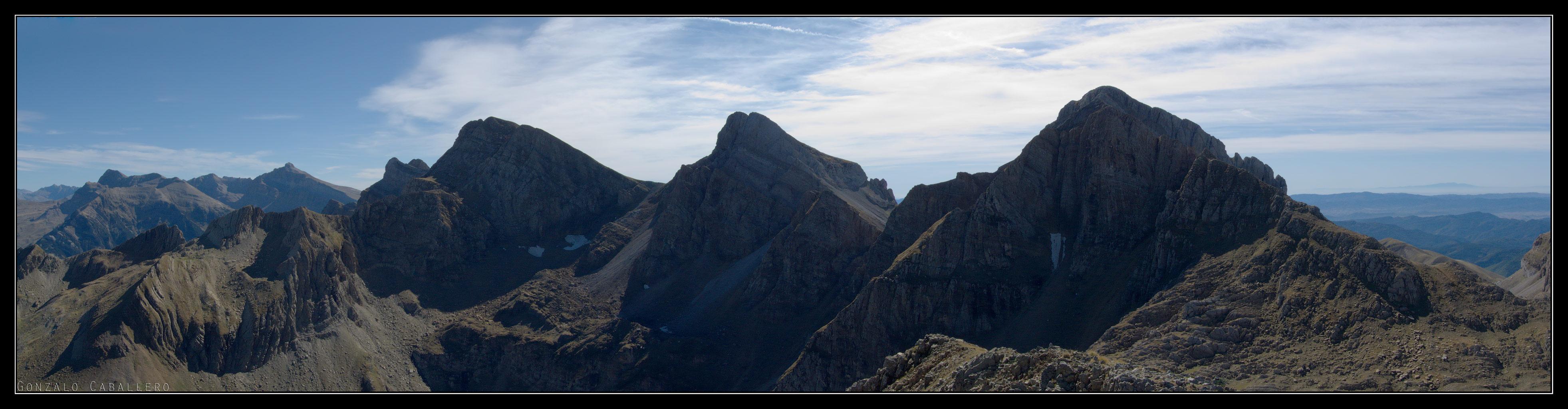 Cara norte de la Sierra de Aísa