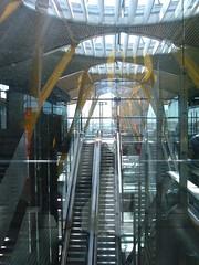 Saif Osmani Madrid Barajas International Airport (Saif Osmani) Tags: saif osmani madridbarajasinternationalairport saifosmani