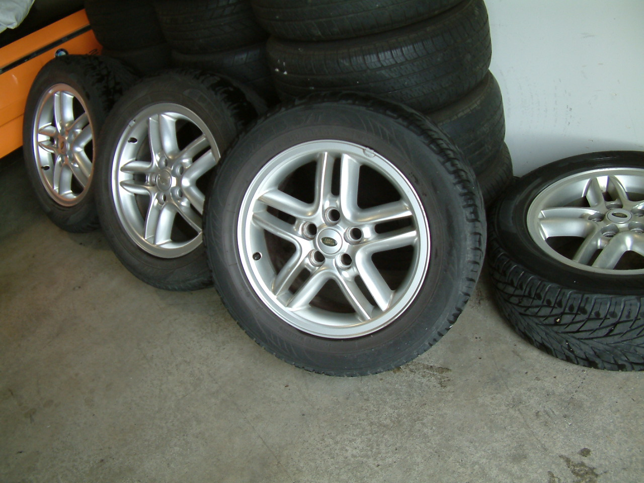 used fluted wheel rim rover discovery aluminum qty oem wheels land catalog landrover for spokes sale