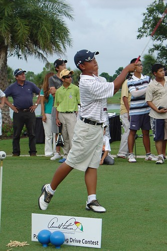 Boys 10-11 Winner Justin Goh by Optimist Junior Golf.