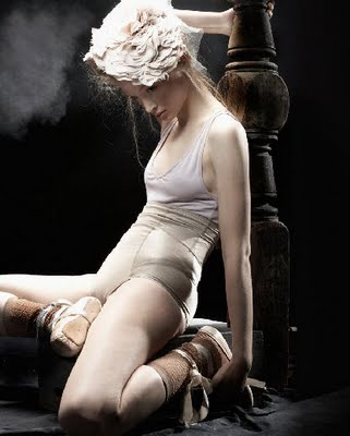 Caroline Knopf american apparel n circus