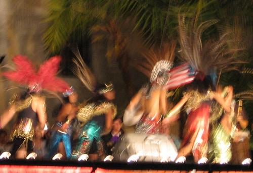 Noches de Ronda Aztec Dancers