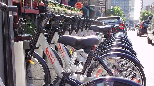beautiful rental bikes in Montreal