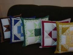 ALMOFADAS PATCHWORK (Angela Poopee) Tags: almofadas travesseiros