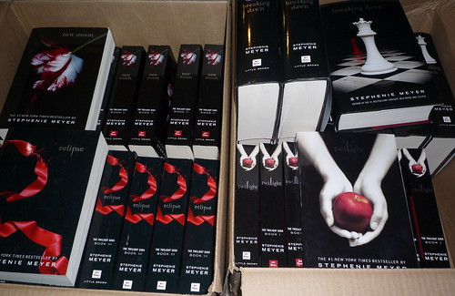 40 Twilight Saga Books