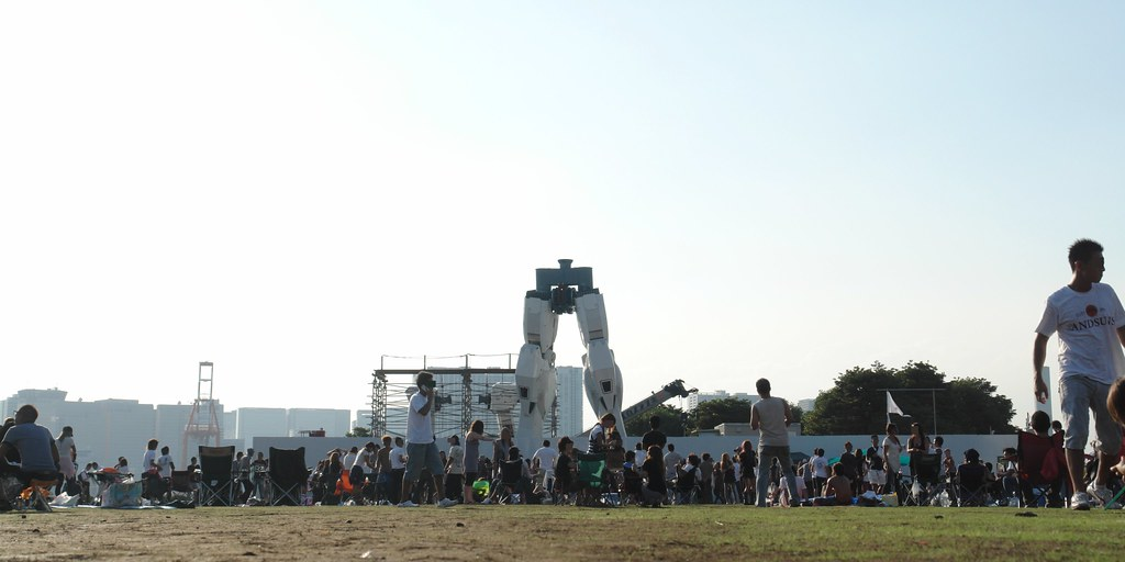 Open air rave party : with Odaiba GUNDAM foot unit