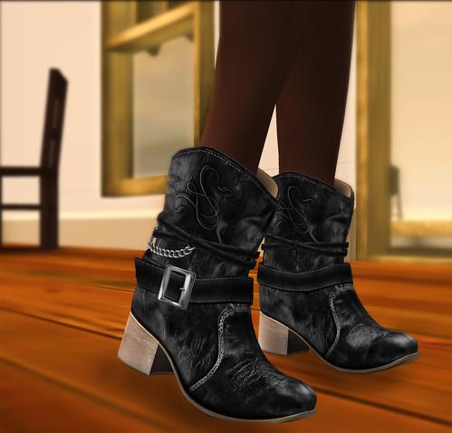 Love Thursdays - Kalnins Boots