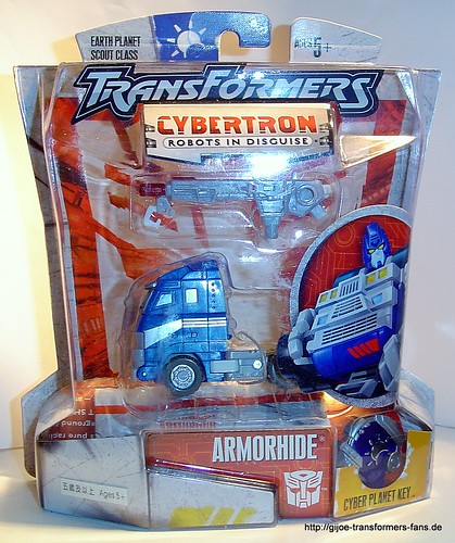 Armorhide Cybertron Scout  Transformers 001