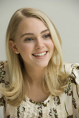AnnaSophia Robb (11) (-The Guardian-) Tags: travel bridge anna hot sexy dream have teen will jumper robb asr sleepwalking annasophia terrabithia