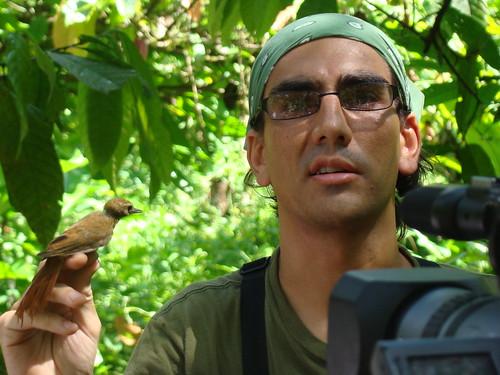 Daniel Martínez dirige el monitoreo de aves en Kekoldi