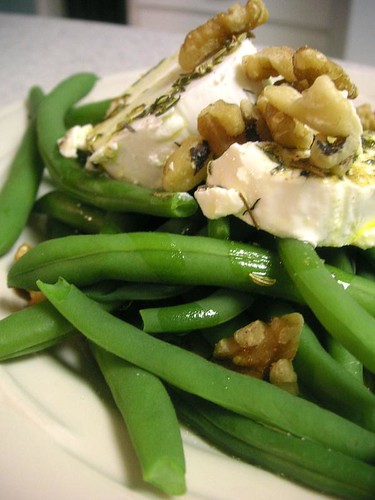 Green beans with Goat Cheese