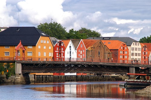 "Trondheim: Gamle Bridge (Gamle Bybru) • <a style=""font-size:0.8em;"" href=""http://www.flickr.com/photos/26679841@N00/4110752454/"" target=""_blank"">View on Flickr</a>"