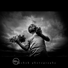 Happy Young Farmer (ayashok photography) Tags: boy bw india asian blackwhite nikon asia village indian monotone dude desi farmer bharat bharath desh barat cloudyday barath nikkor1855mm nikonstunninggallery krishlikesit ayashok nikond300