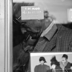 Lavapis III (Miki_Fog [masphoto.es]) Tags: madrid street portrait bw byn blancoynegro shop architecture john landscape paul blackwhite george calle arquitectura retrato paisaje portrt bn architektur beatles rua schwarzweiss rue johnlennon landschaft ringo vinilo vinil yellowsubmarine thebeatles georgeharrison lavapis musicshop ringostar landscapephotography robado paulmcartney architecturephotography tiendadediscos varadelrey mikifog plazadelgeneralvaradelrey miguelngelsnchezmuoz masphoto fotografadearquitectura fotografadepaisaje miguelnebel masphotoes miguelngelsnchezfotografa miguelngelsnchezphotography wwwmasphotoes