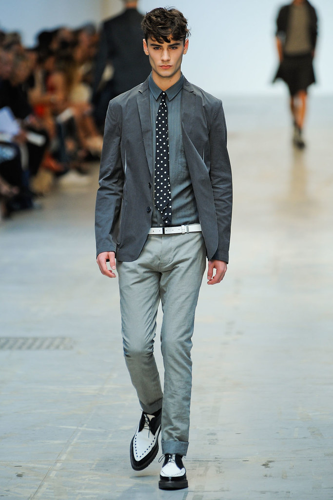 SS12 Milan Costume National Homme016(VOGUEcom)
