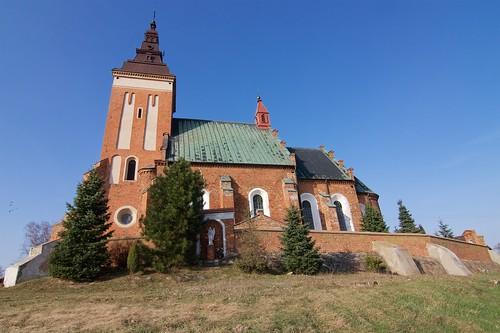 Kościół św. Jakuba Apostoła w Krzemienicy (1598) od południa