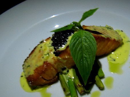 Salmon with Sauce Bernaise and Caviar