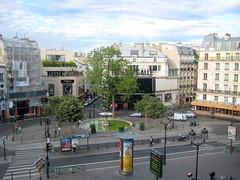Pigalle, Juillet - July (blafond) Tags: paris july juillet pigalle