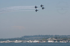 IMG_8118 (fight2flyphoto) Tags: seattle fighter navy jet diamond airshow lakewashington f18 blueangels usn seafair fa18hornet