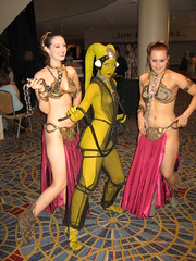 Dragon*Con 2009 (the_lone_knight_73) Tags: cosplay costuming dragoncon leia oola slave cosplayers