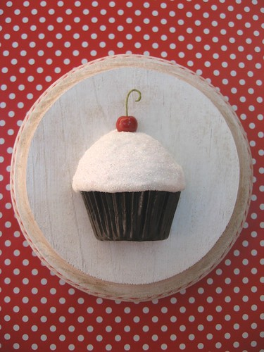 classic cupcake plaque