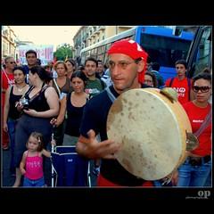 People -  Messina No Ponte, August 8 - Tarantella (Osvaldo_Zoom) Tags: street bridge red people music kid nikon rally protest player sicily messina  noponte  messinastrait d80