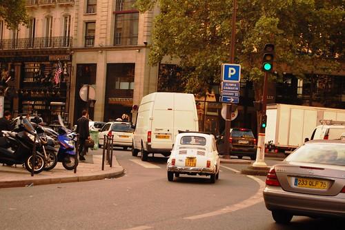 El tipo de auto que se está usando en París
