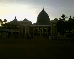 Masjid Agung - 2 (lady_lina2000) Tags: al akbar masjid surabaya agung nasional