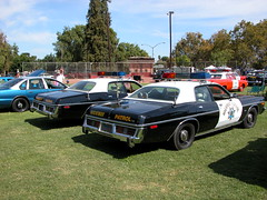 Twin CHiPs 1977 Dodge Monaco 440's (lapd5150policemotor*) Tags: california county france cars ford truck fire la coach chopper highway state bart tahoe victoria cadillac ambulance american engines policecar chp dodge crown motor dare sheriff mustang hummer plain patrol charger ssp sherriff pumper policemotorcycle bartpolice policesmartcar slicktop vintagepolicecar citypolice countysheriff unmarkedpolicecar militarypolicejeep pattywagon policeunits plymouthpolicecar riponcapolicecarpolicemotorcycleshowoctober4th2009 squadunitradiocarradiounitunitchpchips fordchevydodgemopar wrappewr undercoveruinit sspsmartcar shorepatroljeep chaqrger copcopscopperpolicemanpolicemandepuity crownpumperfireapperatuswillyjeepfordjeep policedodgeram policecamaro chevypolicecamaro chevypolicetruck unmarkedpoliceunit