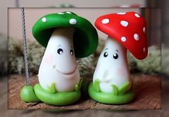 Setas portafoto / Funghetti portafoto (ArtWen) Tags: funghi cumpleaos setas porcelanafria fimopicnik