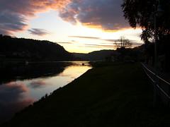 Elbe bei Wehlen am Abend (Seesturm) Tags: clouds germany deutschland evening abend wasser saxony natur wolken sachsen 2009 elbe schsischeschweiz elbsandsteingebirge labe wehlen seesturm