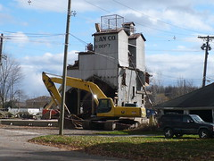 Croswell Landmark razed (railnut19) Tags:
