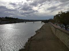 Tortosa: L'Ebre i el pont del tren al fons