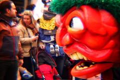 El monstruo rojo (srgpicker) Tags: carnival red monster bug lomography rojo nikon gimp zaragoza disfraz carnaval thegimp carnevale bicho fakelomo fauxlomo digilomo monstruo d40 dianalens nikond40 carnaval2010 dianafslradapter