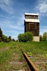 The Railway Silo (ICT_photo) Tags: track rail railway silo ictphoto ianthomasguelphontario