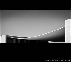 Ligero como la seda (Arquijcarlos) Tags: blancoynegro portugal arquitectura expo lisboa siza creattività superstarthebest retofs1