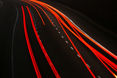 Arc (werkkzeug) Tags: bridge red black night nacht vibrant autobahn brücke a7 taillights langzeitbelichtung rücklichter
