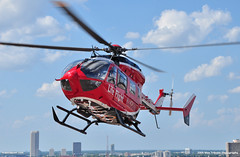 Memorial Hermann Life Flight Eurocopter EC145 (Max Tribolet) Tags: hospital texas houston helicopter medic mh eurocopter helipad medicalcenter lifeflight ec145 hospitalhelipad medicalhelicopter memorialherman n453mh n455mh medialsupport